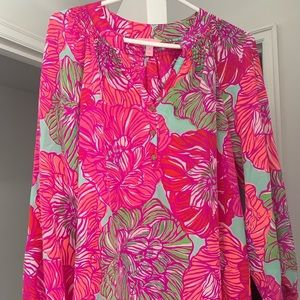 Lilly Pulitzer tip in pink flowers - medium